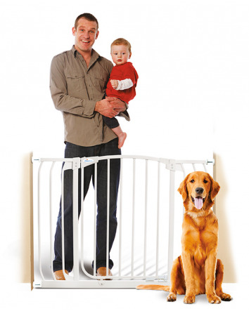CHELSEA XTRA-WIDE HALLWAY AUTO-CLOSE GATE